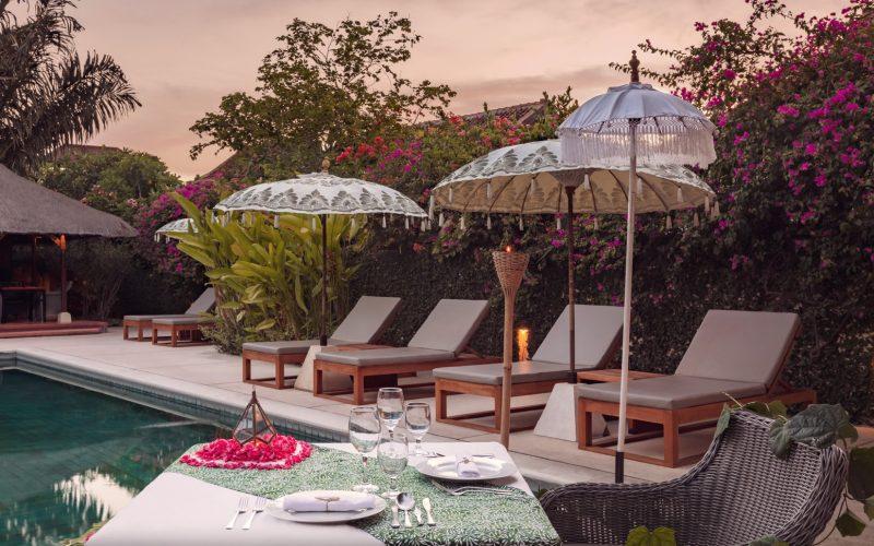 Bali Poolside dinner night