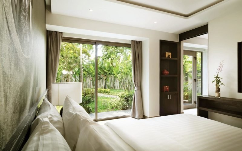 Phuket Pavilions_48_304_Master_Bedroom_Out_IMG_4226_Final_for web
